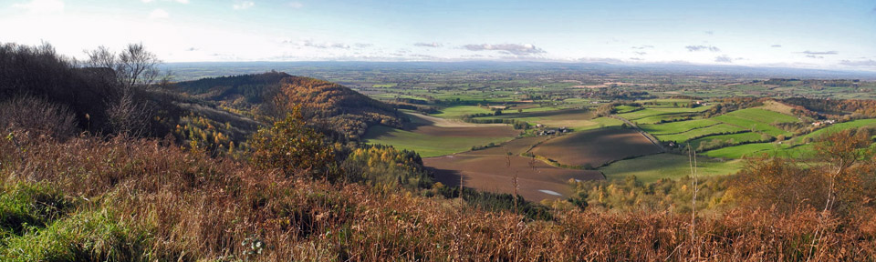 Panoramic view over the Vale of York from Sutton Bank/Photo © Arnold Underwood, Nov 5th 2017
