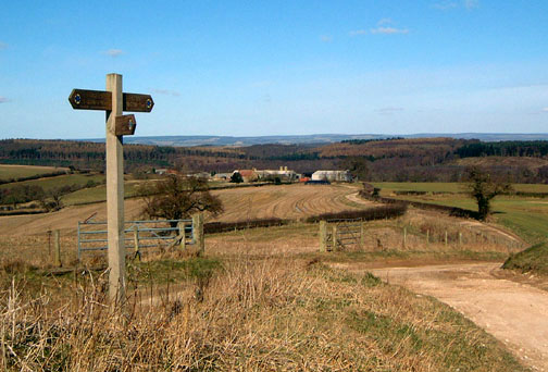 The view north over Howthorpe Farm/Photo by Arnold Underwood/Mar 2006