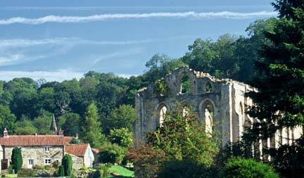 Rievaulx Abbey and village/from a photo by Arnold Underwood/Aug 2003