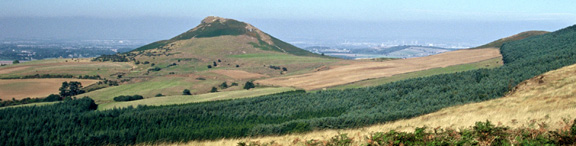 Roseberry Topping from Ayton Moor/photo by Arnold Underwood/Sept 2003